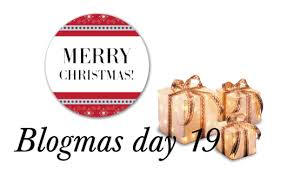 Blogmas Day #19: Stocking Stuffer Ideas