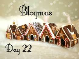 Blogmas Day 22+Giveaway!!!